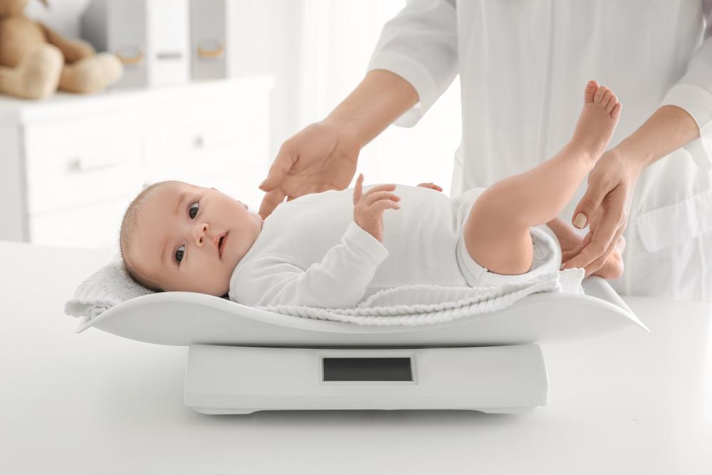 Tidak Perlu Cemas Saat Berat Bayi Baru Lahir Menyusut