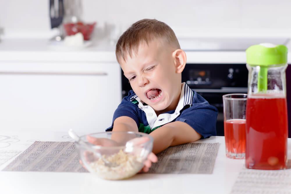 10 Cara Menghadapi Balita yang Susah Makan