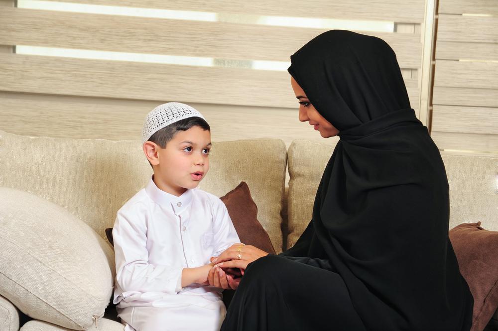 Mengajarkan Makna Lailatur Qadar pada Si Kecil