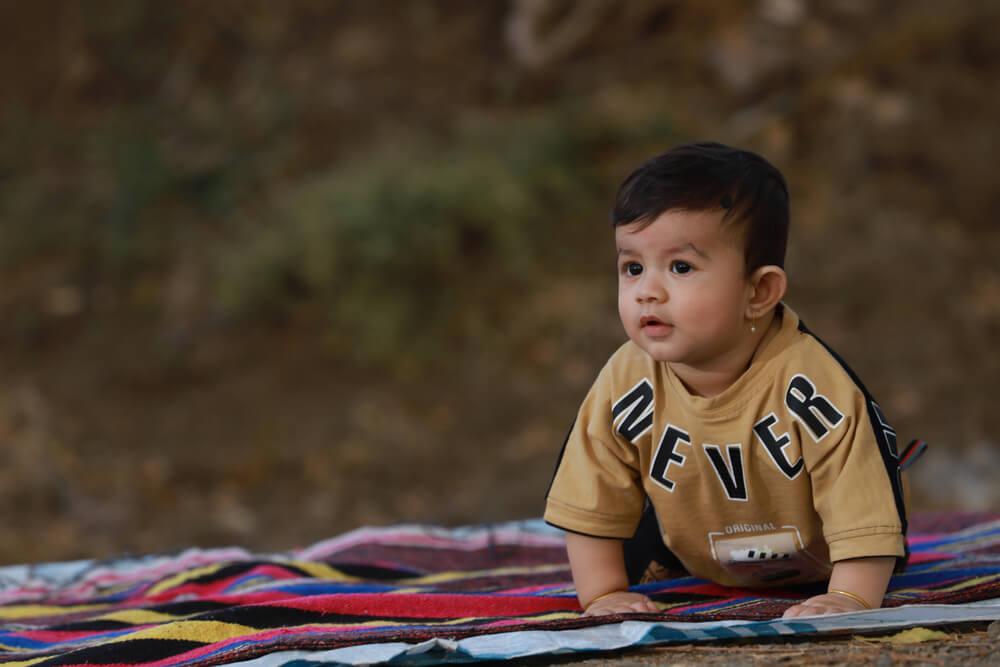 10 Inspirasi Nama Anak Laki Laki Jawa dan Maknanya