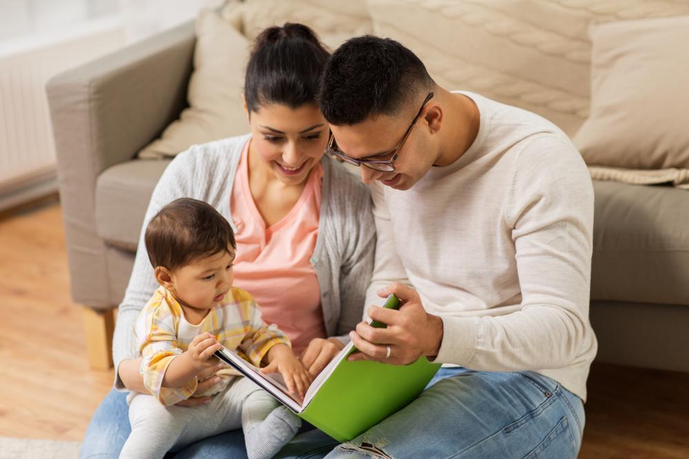 Rekomendasi Jenis Buku untuk Bayi