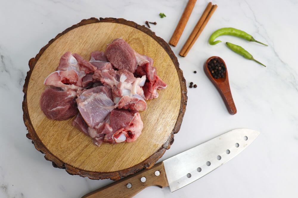 Tips Mengola Daging Kambing Agar Tidak Bau