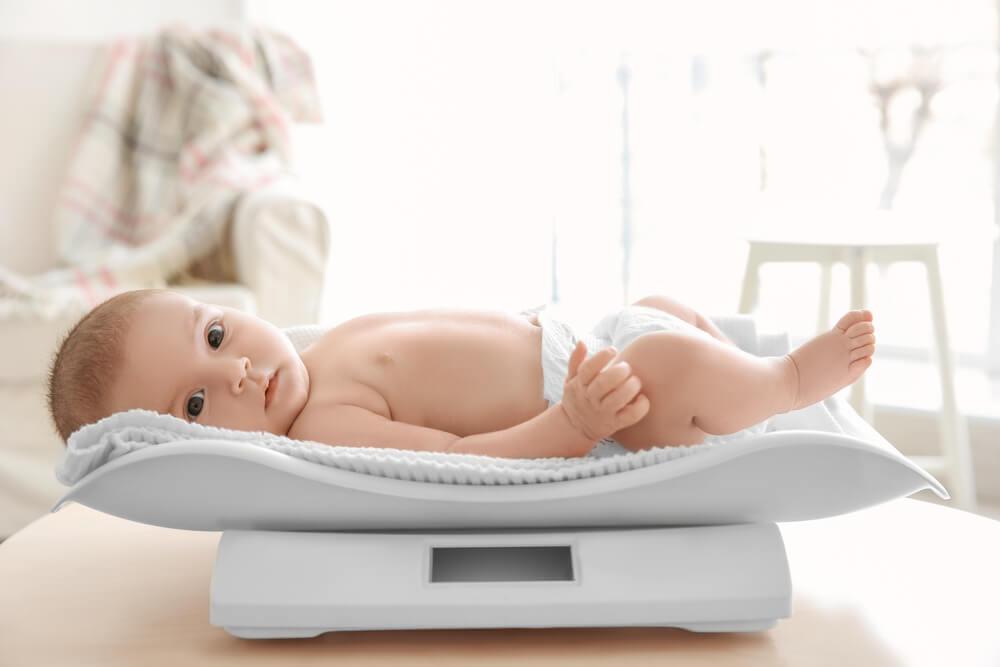 Penyebab Berat Badan Bayi Susah Naik