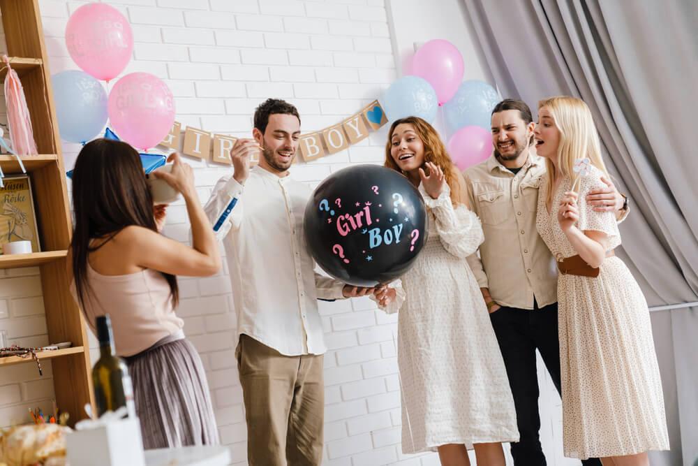 Contek Cara 3 Pasangan Selebritas Gelar Gender Revealing Party