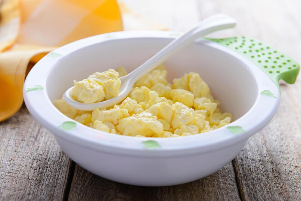 Usia Aman Mengenalkan Telur pada Bayi