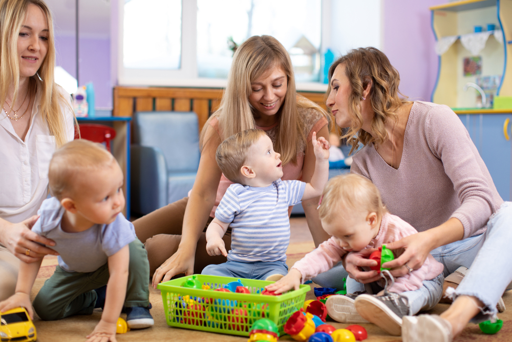 Bagaimana Menghadapi Moms Shaming?