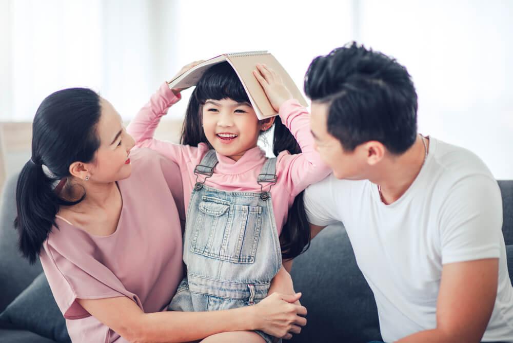 Tipe Pengasuhan yang Jadi Bumerang bagi Anak di Masa Depan (Bagian 1)