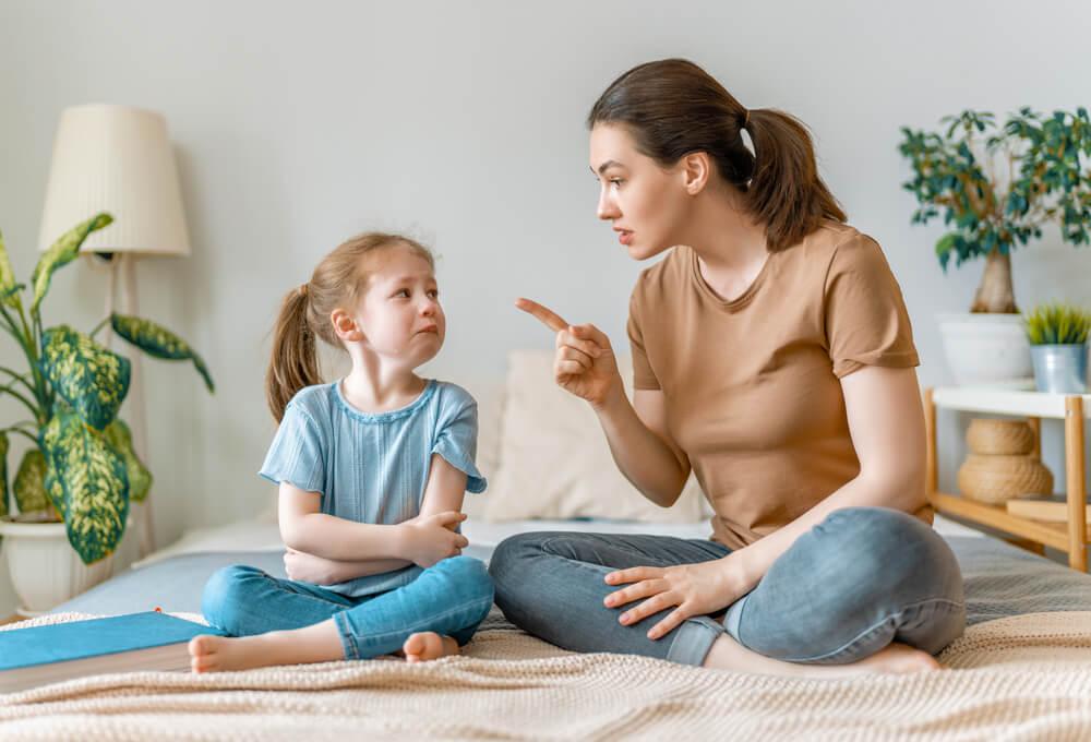 Jangan Paksa Anak untuk Berbagi, Ini Bahayanya