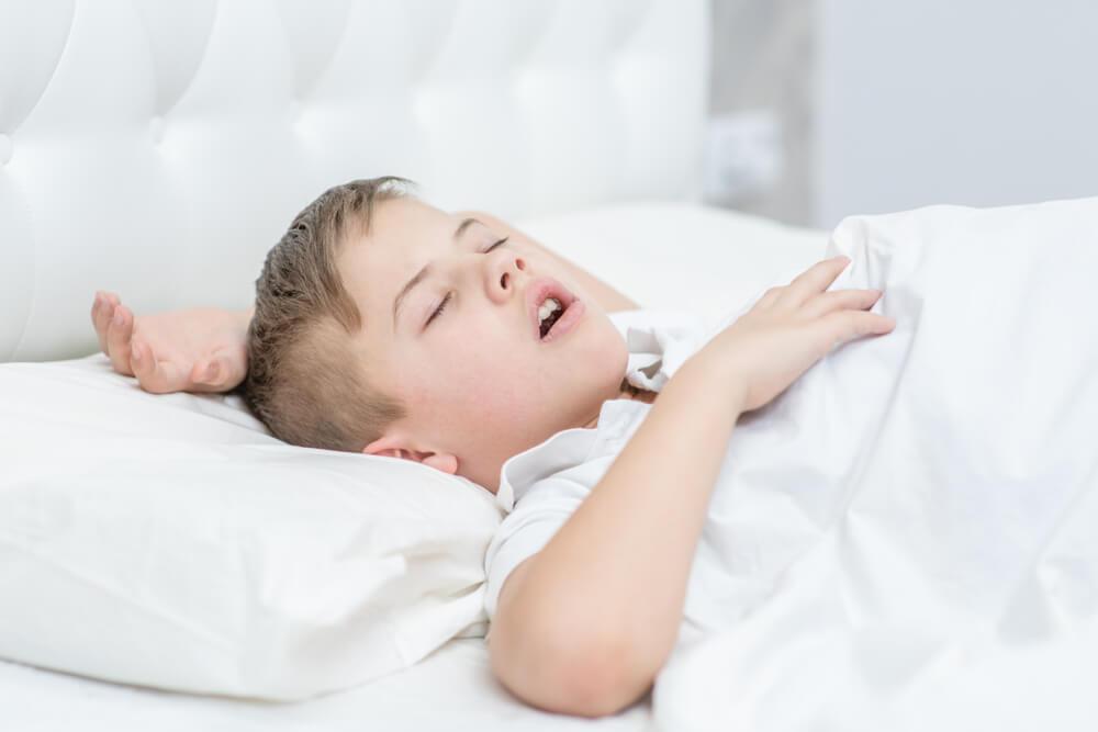 Mengatasi Sleep Apnea, Sindrom Dengkur pada Anak