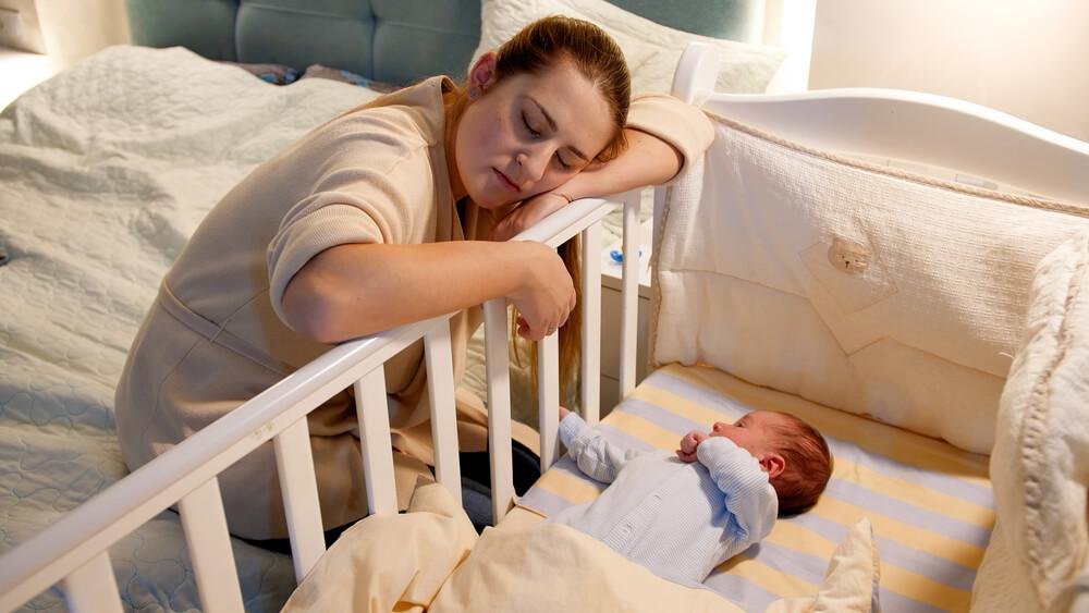 Atasi Kurang Tidur pada Ibu dengan Bayi Baru Lahir