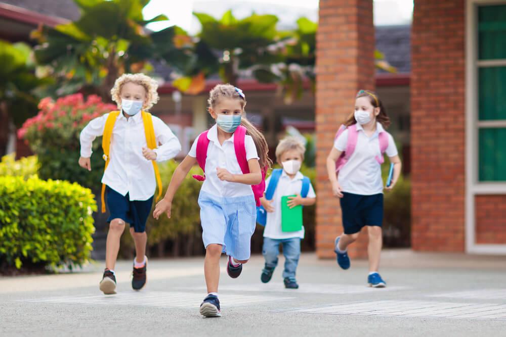 Alasan si Kecil Perlu Sekolah Tatap Muka, Meski Pandemi Belum Usai