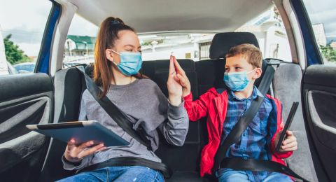 Tip Aman Liburan Akhir Pekan Saat Pandemi