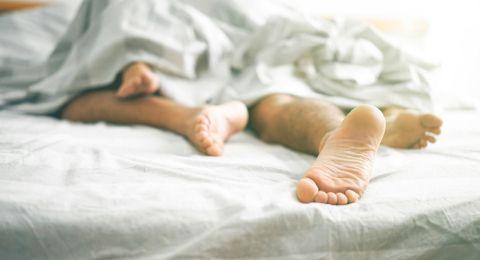 Apakah Fetish Termasuk Perilaku Seksual Menyimpang?