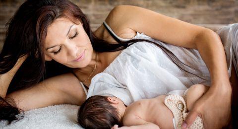 Manfaat ASI bagi Moms