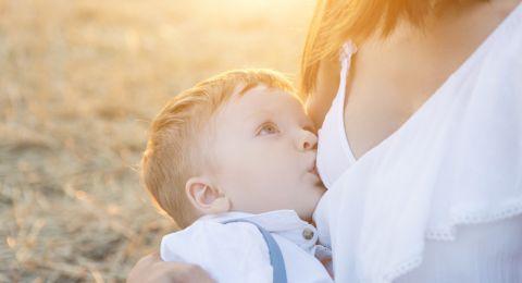 World's Breastfeeding Week: Amankah Menyusui Saat Pandemi?