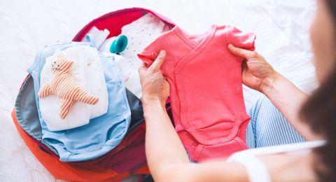 Tip Memilih Baju Bayi Baru Lahir