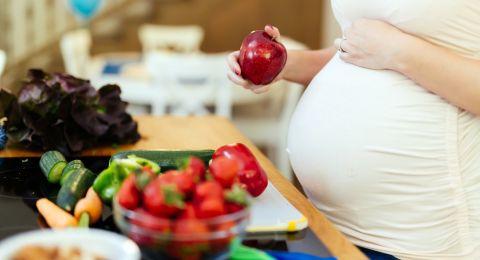Manfaat Buah untuk Ibu Hamil, dari Jeruk Hingga Goji Berry