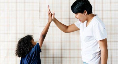 Cara Bijak Jadikan Anak Sebagai Teman