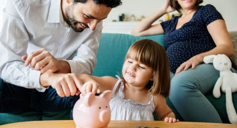 Cara Seru Menabung Bersama Anak