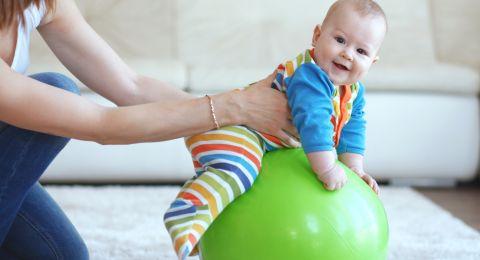 Manfaat Baby Gym untuk Bayi