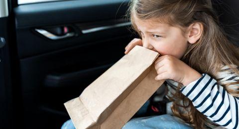 Mengatasi Mabuk Perjalanan pada Anak