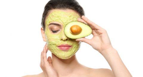 3 Masker Alami untuk Kulit Glowing